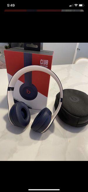 Beats solo 3 wireless for sale for Sale in Miami, FL