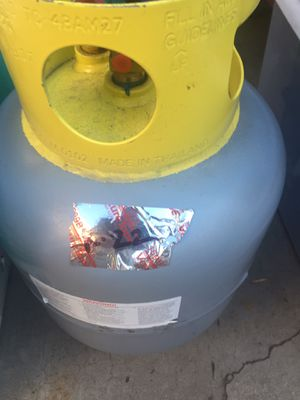 Freon 22 reclaim clean Refrigerant over 30 lbs. for Sale in Whittier, CA