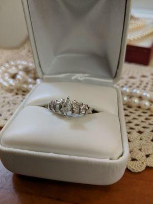 14K WHITE GOLD DIAMOND RING for Sale in Leesburg, VA