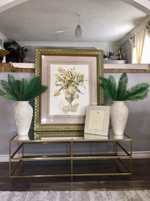 Picture , vases , and Picture frame for Sale in Houston, TX