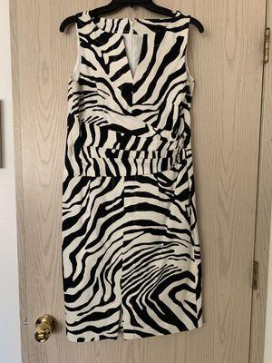 Jones New York zebra dress size 10 for Sale in Olympia, WA