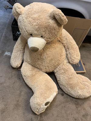 Huge 5 ft teddy bear for Sale in Tucson, AZ