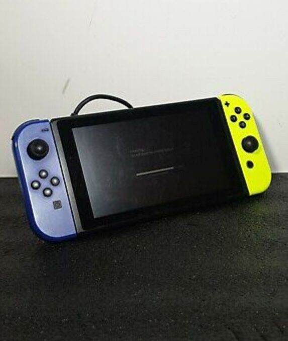 Nintendo Switch Tablet Only w/ Yellow & Blue Joy-Cons