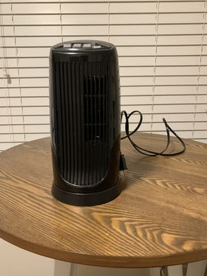 Oscillating table top fan for Sale in San Diego, CA