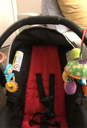 Babytrend infant car seat for Sale in San Diego, CA