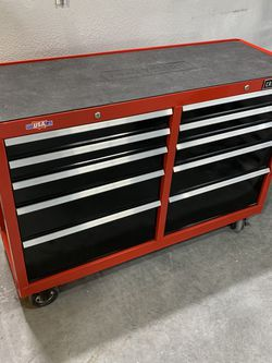 "52"" Craftsman Rolling Tool Box for Sale in Las Vegas,  NV"