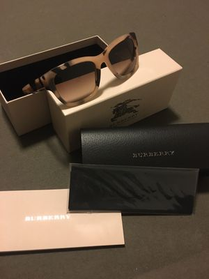 Brand New Guarantee Authentic Burberry Sunglasses.. I also have Louis Vuitton items for Sale in Riverside, CA