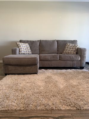 Couch with Chaise for Sale in Phoenix, AZ