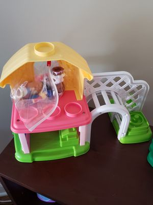 Small doll play house for Sale in Long Branch, NJ