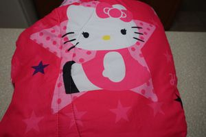 Hello Kitty Twin Size 4 PC Sheet and Comforter Set with Tote for Sale in Chuluota, FL