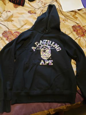 BAPE HOODIE (YL/AS) for Sale in Redford Charter Township, MI