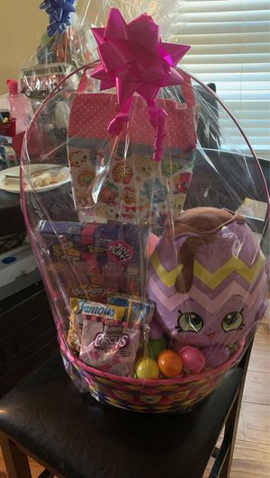 Shopkins basket for Sale in East Los Angeles, CA