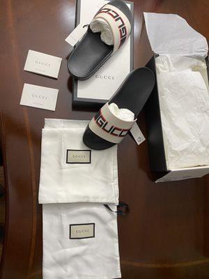 Gucci Luxury sandal/ white for men and women size 10 for Sale in Bowie, MD