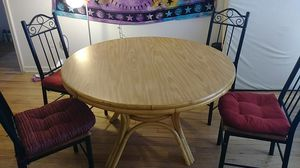 Brown Wooden Table, chairs, cushions, placemats for Sale in Salt Lake City, UT