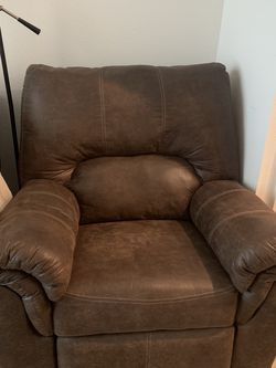 Recliner Chair for Sale in Austin,  TX