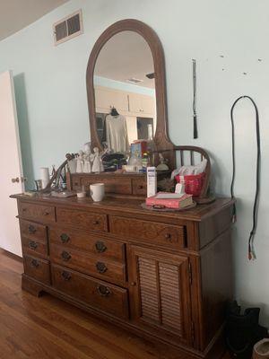 Antique 1970's dresser for Sale in Azusa, CA