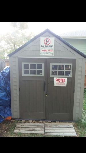 Rubbermaid shed from home depot for Sale in Denver, CO