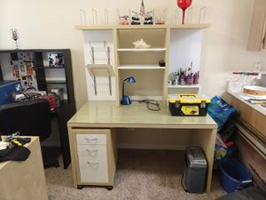 Large Desk and 3 Drawer Cabinet for Sale in Orlando, FL