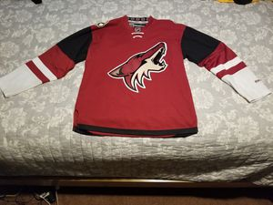 Arizona Coyotes Reebok Premier Medium Jersey for Sale in Lynwood, CA