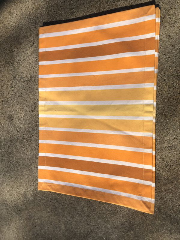 Tangerine dining placemats