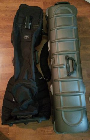 2 golf bags! Samsonite soft shell and Club Champ hard case for Sale in Tampa, FL