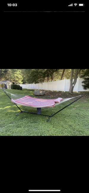 HAMMOCK STAND CARRY BAG PILLOW ECT for Sale in Trumbull, CT