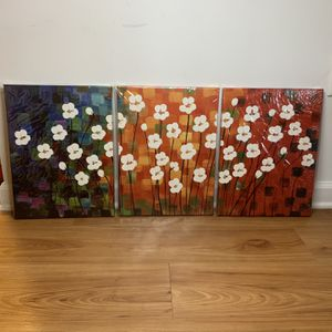 New Flowers Art Canvases for Sale in Charleston, SC