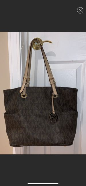 Michael Kors good condition for Sale in Lititz, PA