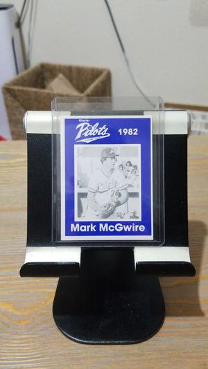 Baseball card- 1982 mark McGwire minor league rc for Sale in Roseburg, OR
