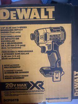 De Walt 20v brand new for Sale in Corona,  CA