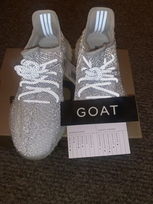 All reflective yeezy static size 8.5 for Sale in Los Angeles, CA