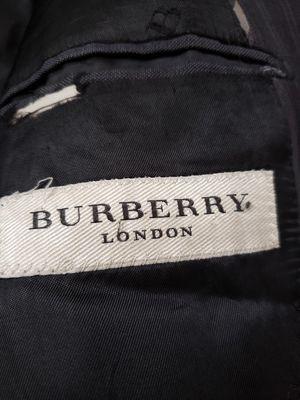 butberry men coat for Sale in El Paso, TX