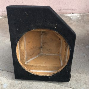 12 Inch Subwoofer Box for Sale in Gardena, CA