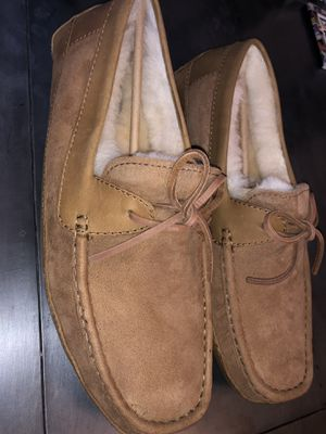 Size 9 men's Ugg's (Real fur) could be worn outside because it has a thick bottom for Sale in Castro Valley, CA