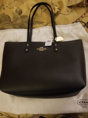 Brand New Black leather Coach tote bag for Sale in Laurel, MD