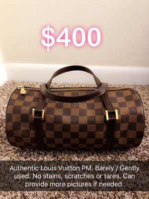 Louis Vuitton Hand bag. for Sale in Highland Park, IL