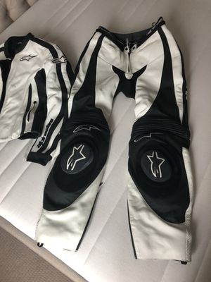 Alpinestars women's leather motorcycle suit for Sale in Philadelphia, PA