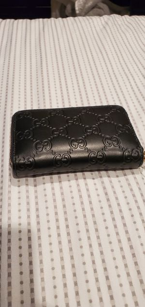 Gucci mini wallet for Sale in Fairfield, CA
