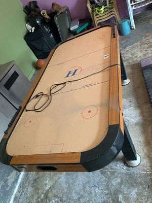 Air hockey table for Sale in Baytown, TX