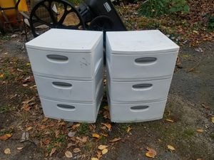 White 2 sets of drawers plastic storage for Sale in Burlington, CT