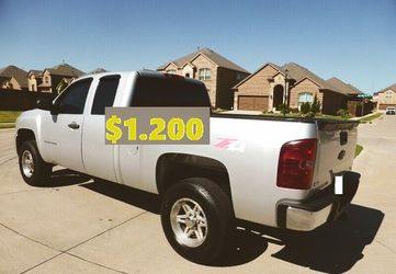 🍏🌏💲12OO No mechanical problems 2011 Chevrolet Silverado Clean title🌏🍏 for Sale in Alameda,  CA