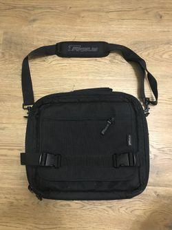 Targus heavy duty computer bag for Sale in Portland,  OR