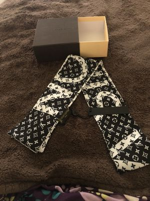 Louis Vuitton Scarf for Sale in Akron, OH