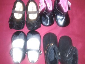 Gucci & shoes for baby girl 3-6 months for Sale in Los Angeles, CA