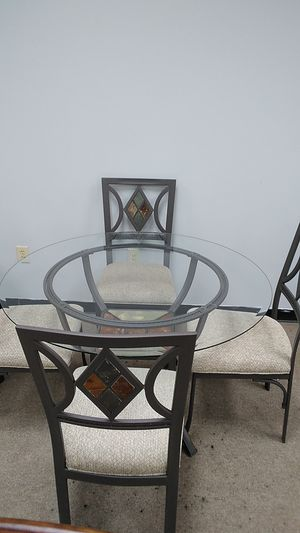 5pc glass dining table set for Sale in Greensboro, NC
