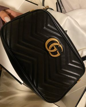 GUCCI / GG MARMONT SMALL BAG / BLACK for Sale in Milpitas, CA
