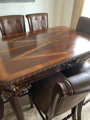 Dining table for Sale in Dinuba, CA