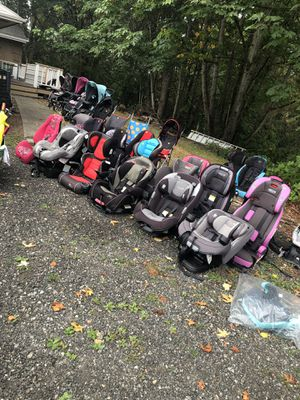 Car seats, clothes, tools, more! for Sale in Graham, WA