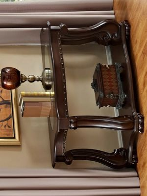 ♻️New♻️Madison Brown Console Table by Crown Mark for Sale in Jessup, MD