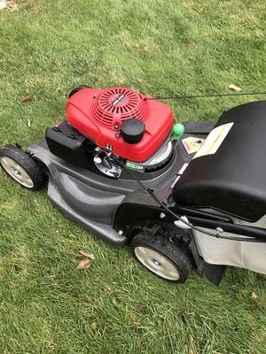 Honda HRX217 Lawn Mower for Sale in Milford, MA